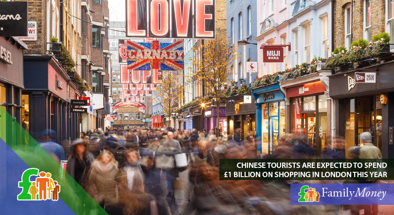 A busy shopping street in London, where Chinese tourists are expected to spend 1 billion pounds in shopping this year